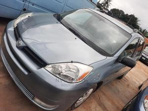 Toyota Sienna 2005 LE AWD Blue | Cars for sale in Oyo State, Oluyole