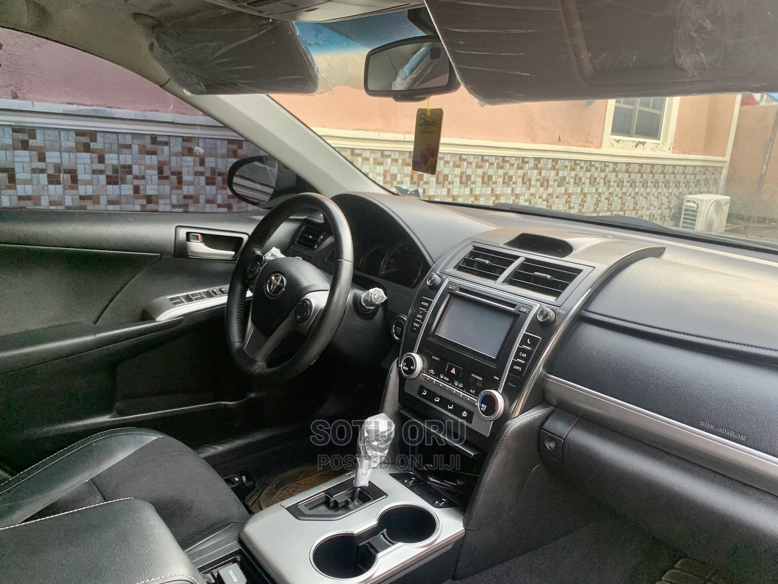 Toyota Camry 2012 Gray | Cars for sale in Dutse-Alhaji, Abuja (FCT) State, Nigeria