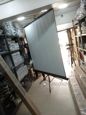 96/96 Tripod Screen | Accessories & Supplies for Electronics for sale in Lagos State, Ikeja