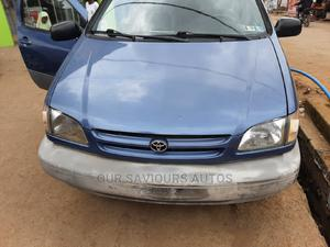 Toyota Sienna 2000 LE & 1 Hatch Blue   Cars for sale in Lagos State, Magodo