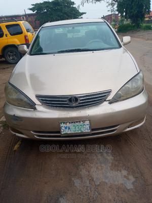 Toyota Camry 2004 Gold | Cars for sale in Lagos State, Isolo