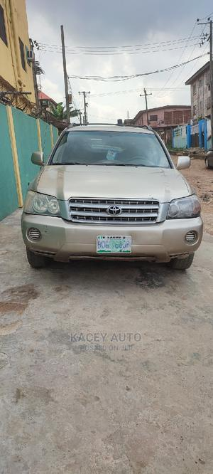 Toyota Highlander 2006 Gold   Cars for sale in Lagos State, Ogba