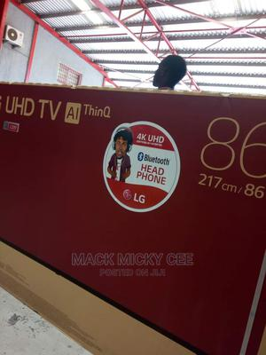 """86""""LG Smart TV UHD 4k With Magic Remote 