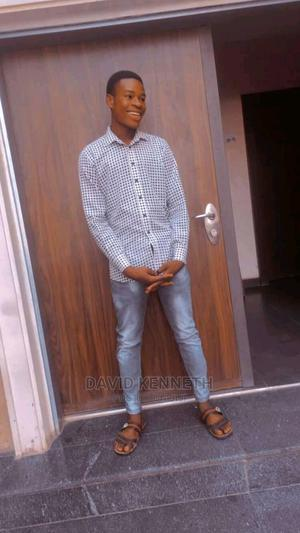 Waiter Guy | Restaurant & Bar CVs for sale in Abuja (FCT) State, Lugbe District