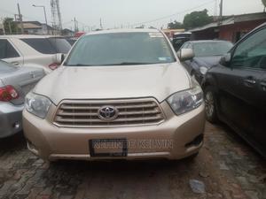 Toyota Highlander 2011 SE Gold | Cars for sale in Lagos State, Ojodu