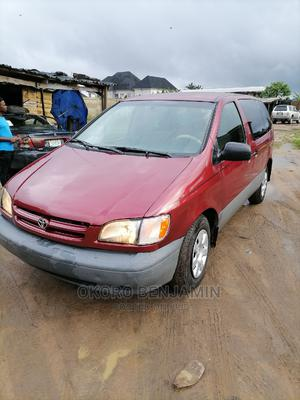 Toyota Sienna 2002 CE Red   Cars for sale in Rivers State, Port-Harcourt