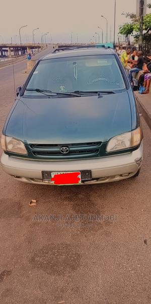 Toyota Sienna 2000 Green | Cars for sale in Lagos State, Surulere