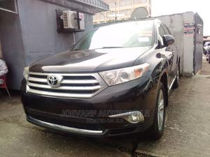 Toyota Highlander 2013 Limited 3.5l 4WD Black | Cars for sale in Lagos State, Isolo