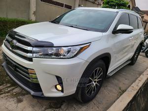 Toyota Highlander 2017 White   Cars for sale in Lagos State, Magodo