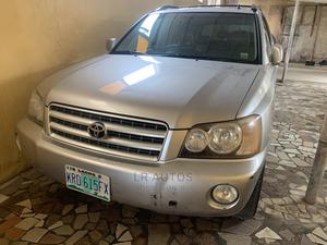 Toyota Highlander 2002 Limited V6 AWD Silver | Cars for sale in Lagos State, Surulere