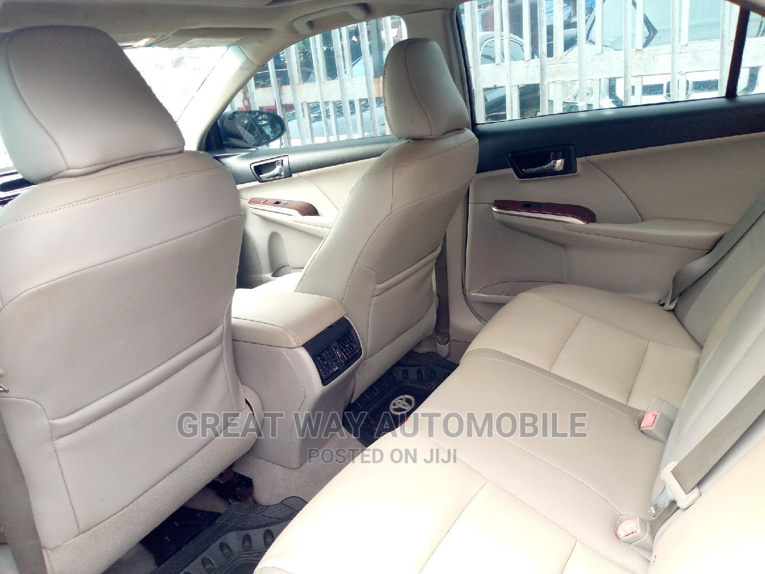 Toyota Camry 2012 White | Cars for sale in Surulere, Lagos State, Nigeria