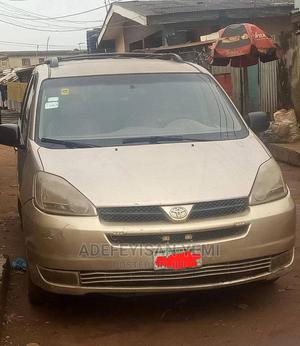 Toyota Sienna 2005 CE Gold | Cars for sale in Lagos State, Alimosho