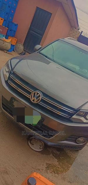 Volkswagen Tiguan 2013 S With Sunroof Gray | Cars for sale in Lagos State, Isolo