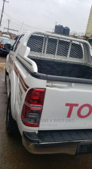 Toyota Hilux 2012 2.0 VVT-i SRX White | Cars for sale in Lagos State, Alimosho
