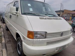 Volkswagen Transporter 2000 White | Buses & Microbuses for sale in Lagos State, Ikeja