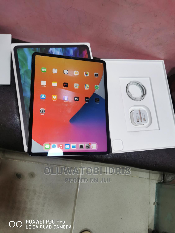 Apple iPad Pro 12.9 (2020) 512 GB Gray   Tablets for sale in Ikeja, Lagos State, Nigeria
