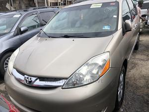 Toyota Sienna 2005 XLE Limited AWD Gold | Cars for sale in Lagos State, Apapa