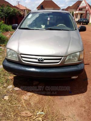 Toyota Sienna 1999 Gold   Cars for sale in Enugu State, Enugu