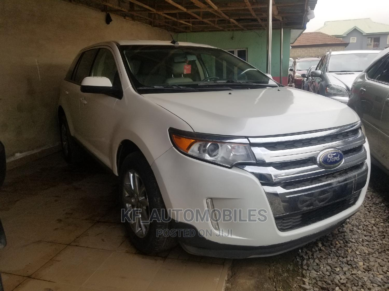 Archive: Ford Edge 2014 White