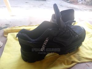 Size 44, Guys Sneakers   Shoes for sale in Abuja (FCT) State, Dei-Dei
