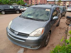 Toyota Sienna 2004 XLE AWD (3.3L V6 5A) Gray | Cars for sale in Lagos State, Isolo