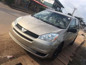 Toyota Sienna 2004 CE FWD (3.3L V6 5A) Gold | Cars for sale in Lagos State, Abule Egba