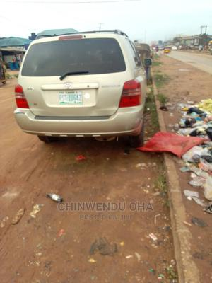 Toyota Highlander 2003 Gold | Cars for sale in Lagos State, Agege