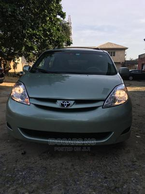 Toyota Sienna 2009 XLE Limited AWD Green | Cars for sale in Lagos State, Surulere