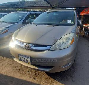 Toyota Sienna 2006 Gold | Cars for sale in Lagos State, Apapa