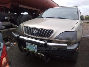 Lexus RX 1999 300 Gold | Cars for sale in Lagos State, Amuwo-Odofin