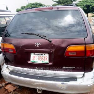 Toyota Sienna 2000 LE & 1 Hatch Red | Cars for sale in Ebonyi State, Abakaliki