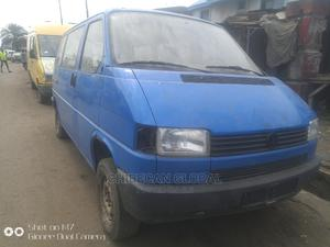 Tokunbo T4 Bus Petrol 5 Cyl Short   Buses & Microbuses for sale in Lagos State, Apapa