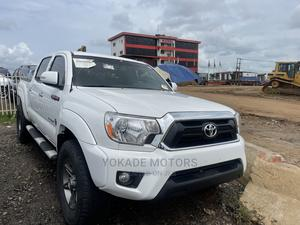 Toyota Tacoma 2012 Double Cab V6 Automatic White | Cars for sale in Lagos State, Ojodu