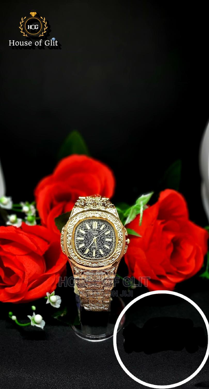 City Lisung Gold Colour Wrist Watch