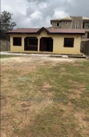 Furnished 3bdrm Bungalow in Abiola Housing, Ipaja for Sale   Houses & Apartments For Sale for sale in Lagos State, Ipaja