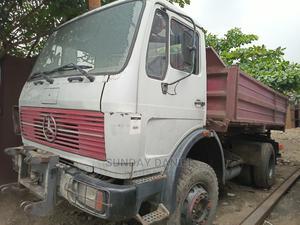 Mercedes Benz Tipper 2002   Trucks & Trailers for sale in Lagos State, Amuwo-Odofin