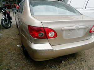 Toyota Corolla 2004 LE Gold   Cars for sale in Lagos State, Apapa