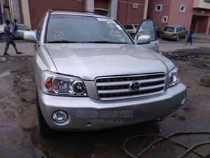 Toyota Highlander 2003 Limited V6 AWD Silver | Cars for sale in Lagos State, Ojo