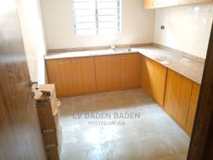1bdrm Block of Flats in Graceland Estate, Ogombo for Rent | Houses & Apartments For Rent for sale in Ajah, Ogombo