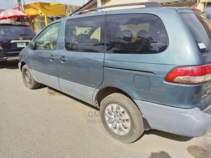 Toyota Sienna 2003 CE Blue   Cars for sale in Lagos State, Surulere