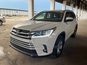 Toyota Highlander 2015 Off White | Cars for sale in Lagos State, Amuwo-Odofin