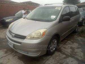 Toyota Sienna 2005 CE Gold   Cars for sale in Lagos State, Isolo