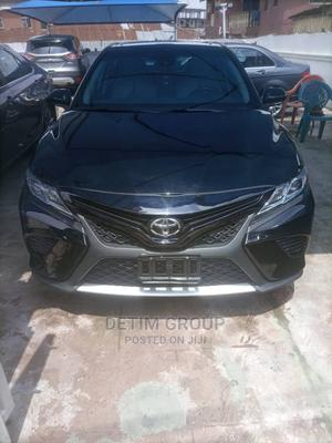 Toyota Camry 2018 LE FWD (2.5L 4cyl 8AM) Black   Cars for sale in Lagos State, Surulere