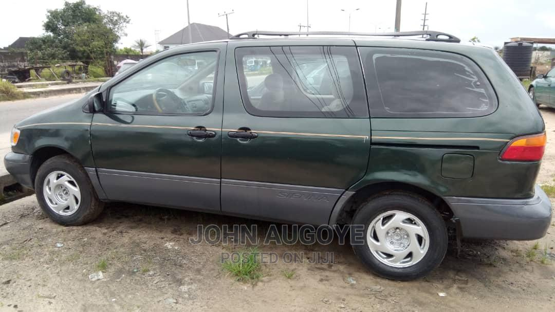 Toyota Sienna 1999 Green   Cars for sale in Uvwie, Delta State, Nigeria