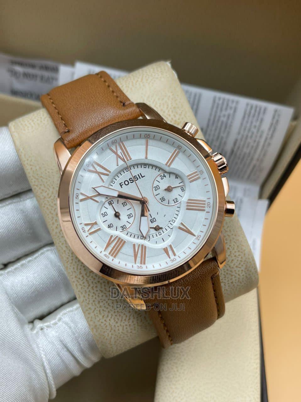 Fossil Leather Strap Men'S Wristwatch