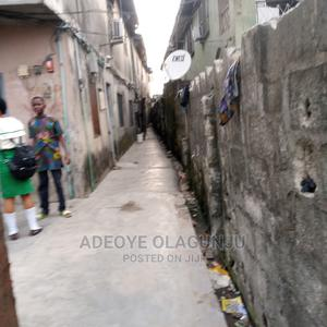 2bdrm Block of Flats in Surulere for Sale | Houses & Apartments For Sale for sale in Lagos State, Surulere