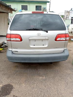 Toyota Sienna 2003 LE Brown | Cars for sale in Lagos State, Ikeja