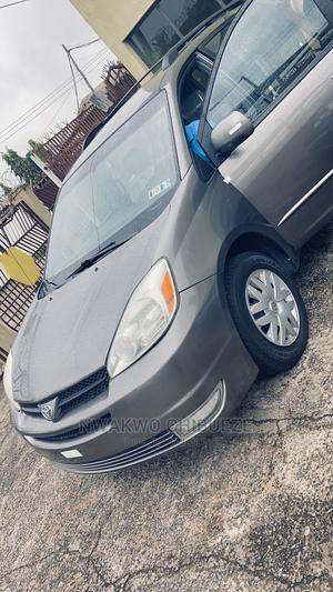 Toyota Sienna 2004 Gray | Cars for sale in Anambra State, Awka