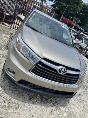 Toyota Highlander 2015 Gold | Cars for sale in Lagos State, Ajah
