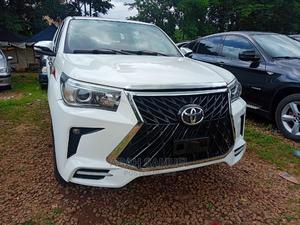 Toyota Hilux 2019 SR 4x4 White | Cars for sale in Abuja (FCT) State, Central Business District
